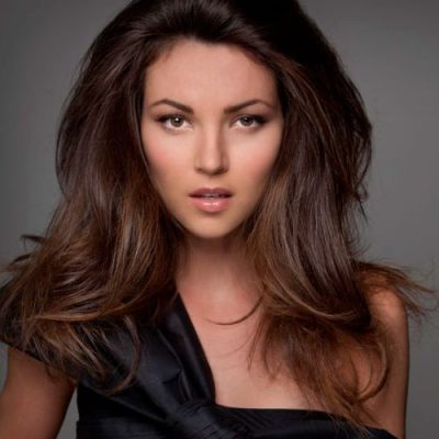blow-dry long straight hair -Chroma Hair Studio Highgate Hill 07 3217 2725 and James St Fortitiude Valley 073161 0712